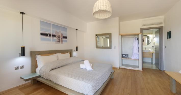 Δωμάτιο 502 (1)